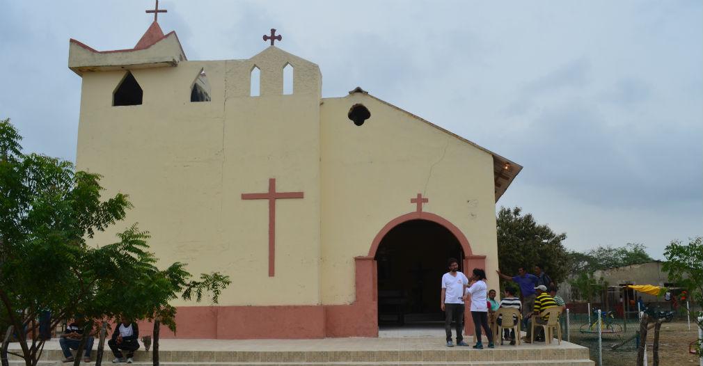 La iglesia es un centro de congregación que devuelve la esperanza de paz a Santa Rita.
