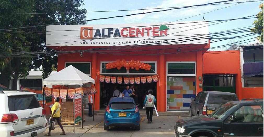 Alfa Center está ubicado en la Avenida del Libertador (frente a la Cámara de Comercio), punto estratégico por su dinámica comercial.