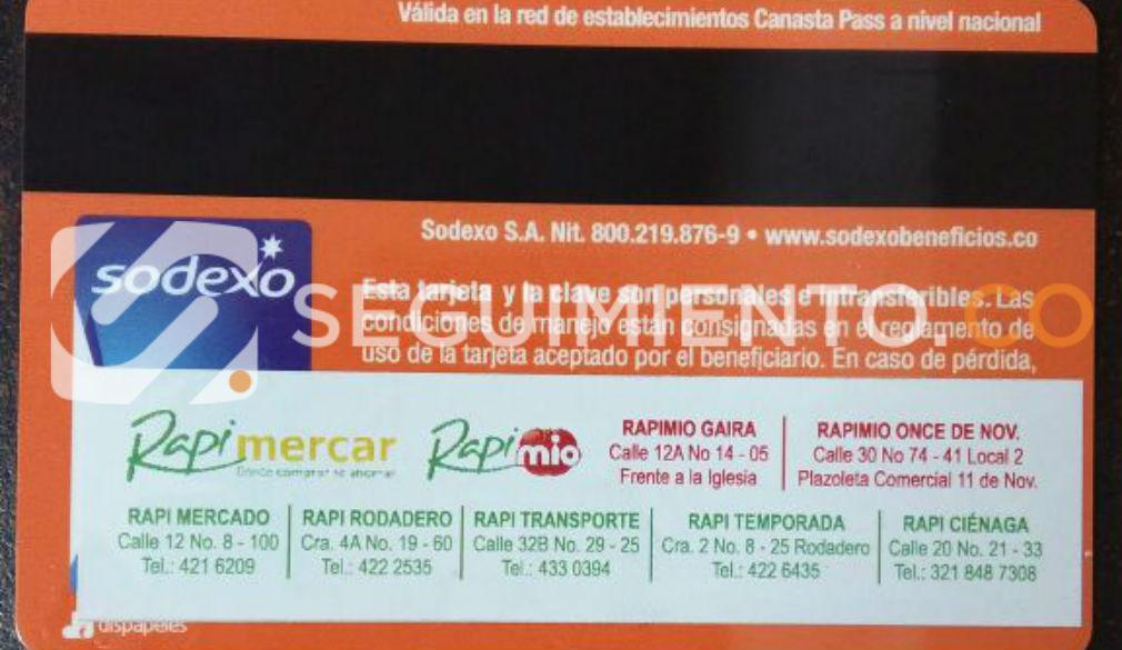 Las tarjetas de Sodexo Pass las entregan contramarcadas con el supermercado que promueve Cajamag de manera irregular.