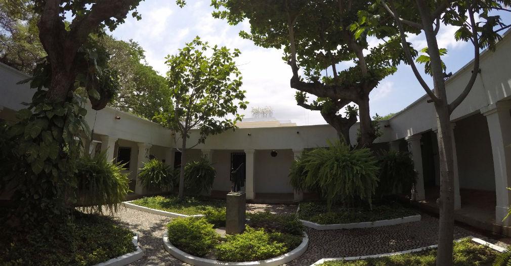 Jardines del Museo de Arte Contemporáneo, en la Quinta de San Pedro Alejandrino.