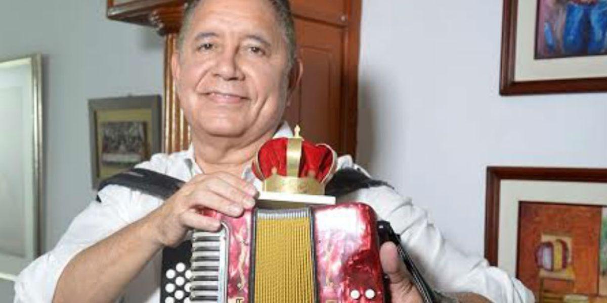 Ciro Meza, uno de los reyes vallenatos que recibió la distinción e invitación.
