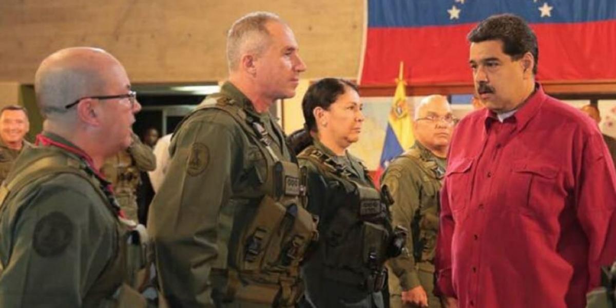 Maduro y su alto mando
