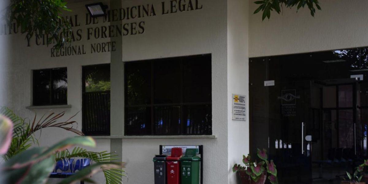 El cuerpo fue llevado por familiares a Medicina Legal en Barranquilla.