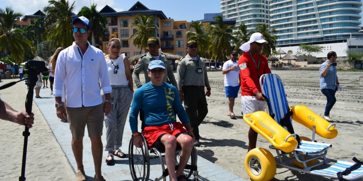 Uno de los grandes logros del Hotel Zuana fue convertir la playa en accesible para personas con discapacidad.