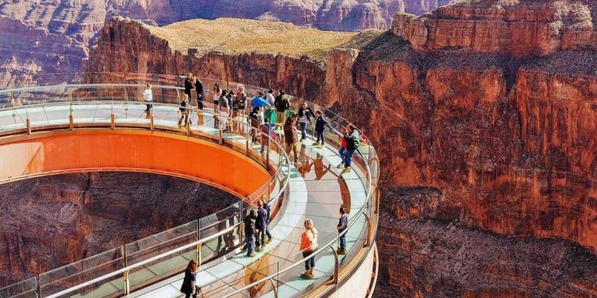 Puente de cristal del Gran Cañón de Colorado, Estados Unidos.