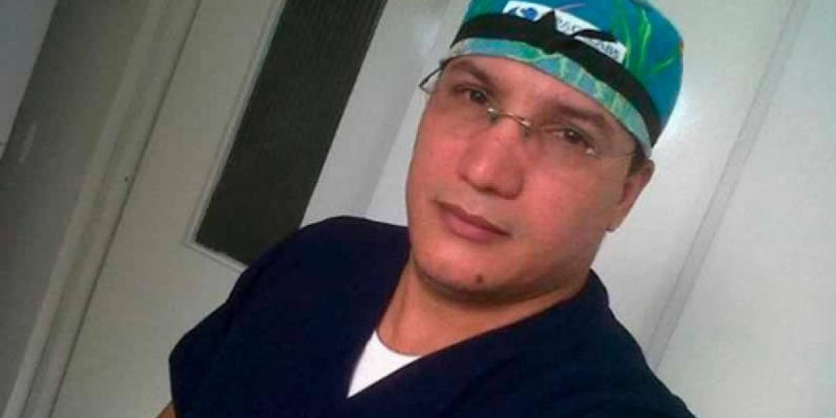 Cirujano fue condenado a 17 meses de cárcel