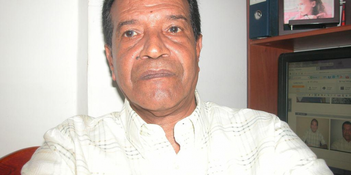 Álvaro Gómez Castro, escritor samario.