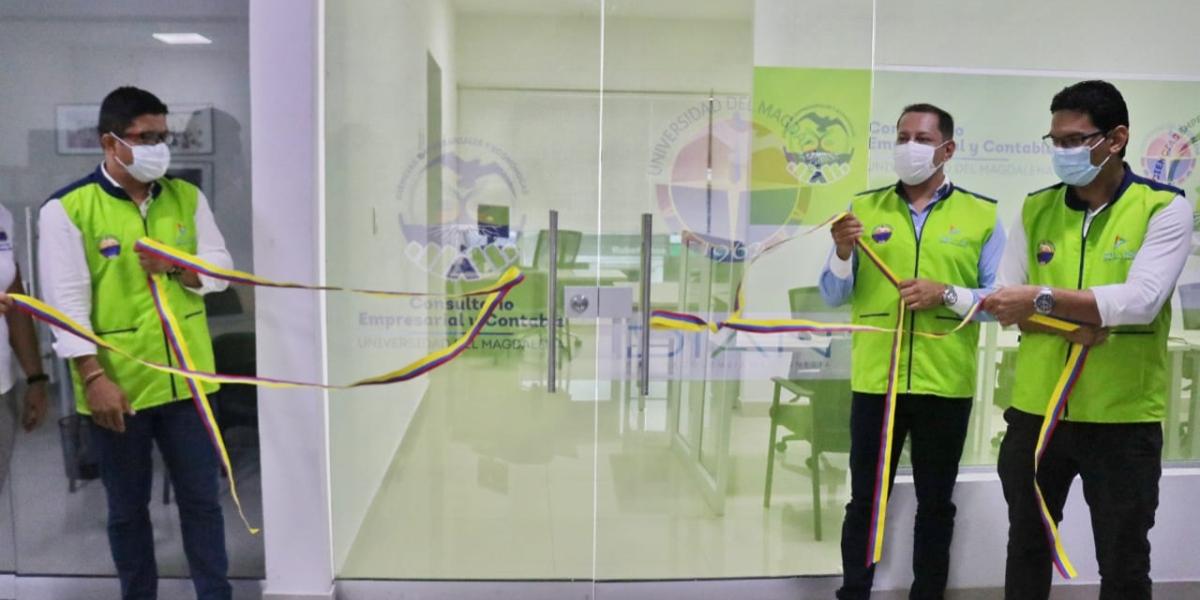 Con la firma de un Convenio de Cooperación Interinstitucional, se dio apertura oficial a la infraestructura física del Consultorio Empresarial y Contable.