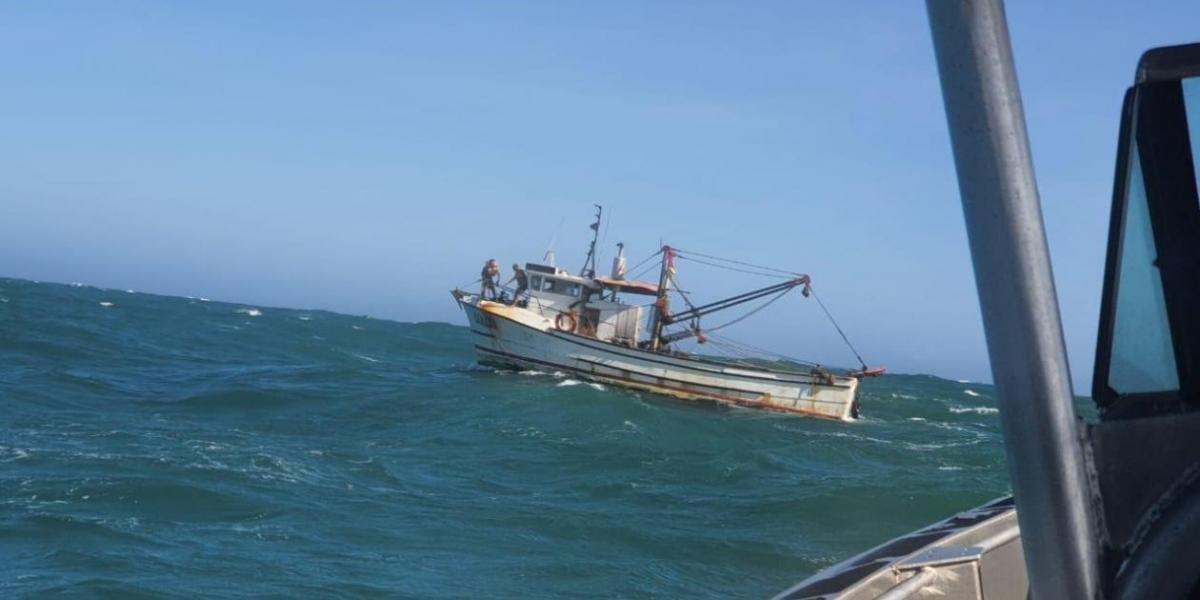 Embarcación que quedó a la deriva.
