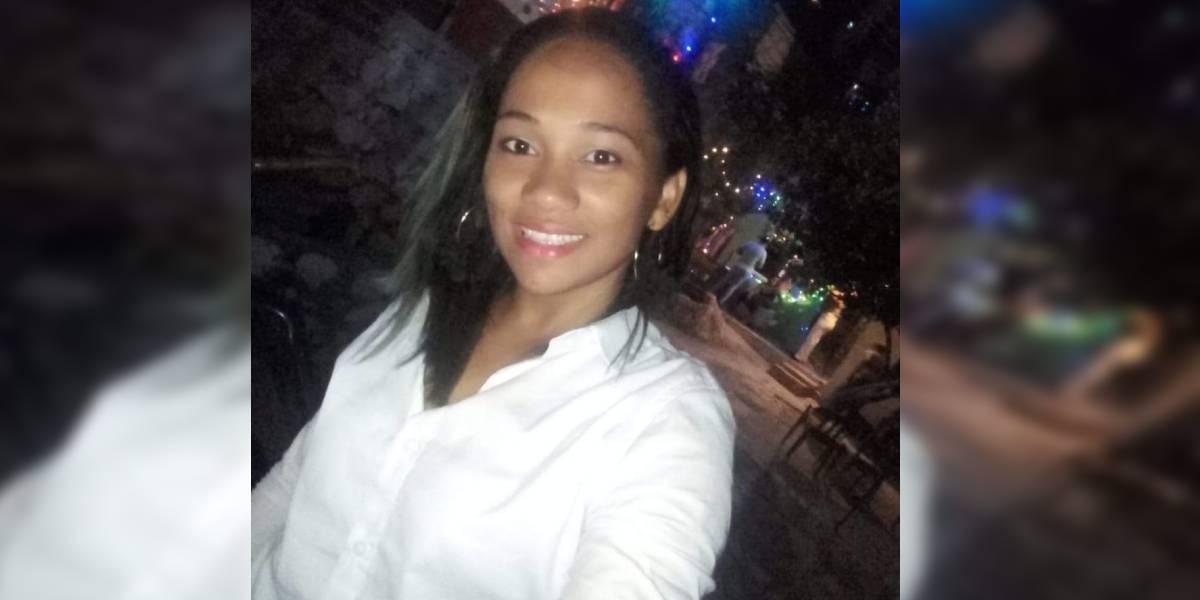 Yulis Vásquez García, de 25 años. Asesinada frente a sus hijos.