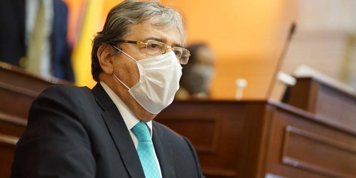 Carlos Holmes Trujillo (Q.E.P.D.).