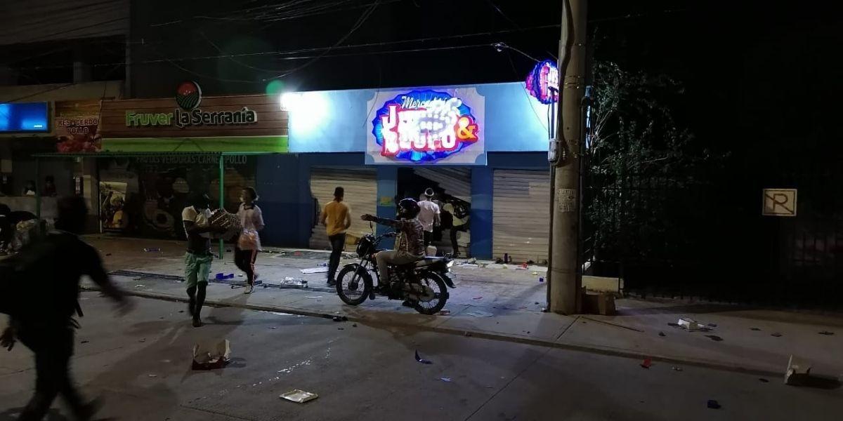 Saqueos en Santa Marta.