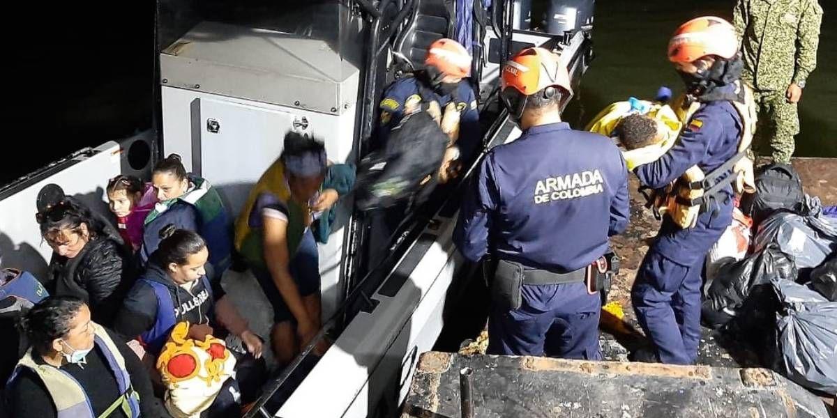 Rescate de los 19 migrantes.