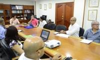 Aspecto de la reunión de los pares académicos con las directivas de la Universidad del Magdalena.