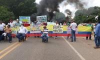 Decenas de subcontratistas salieron a las calles a protestar contra la concesión Yuma.