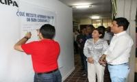 El lanzamiento se dio en la Plazoleta Central, con presencia del rector de la Universidad.