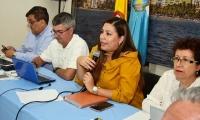La alcaldesa (e) Aura Carolina García se reunió con los pares académicos.