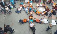 Seguidores de Fuerza Ciudadana hicieron un mensaje humano diciendo: NO +