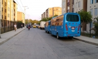 Buses se toman las calles del sector