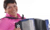 La acordeonera Maribel Cortina es la cuota del Magdalena en la competencia.