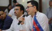 El gobernador del Magdalena, Carlos Caicedo, y el secretario de Salud Departamental, Jorge Bernal.