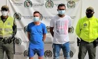 Los capturados quedaron identificados como: David Jesús Acosta Valle, de 22 años y Carlos Alberto Mozo Palma, de 26 años.