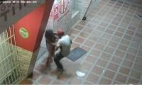 En una cámara de seguridad quedaron registradas las imágenes de la supuesta violación.
