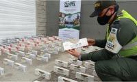 Las autoridades realizaron la incautación de  9 mil cajetillas de cigarrillos.