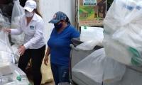 Los residuos de agroquímicos recolectados corresponden a envases de plásticos y metálicos vacíos de fungicidas, insecticidas y herbicidas, entre otros.