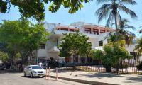 Investigadores de la Fiscalía estuvieron todo el viernes en la Gobernación.