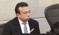 Eduardo Pulgar presentó su renuncia al Senado.
