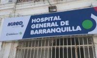 La niña recibe atención médica en el Hospital General de Barranquilla.