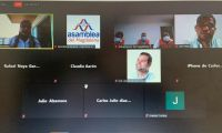El debate se llevó a cabo de forma virtual.