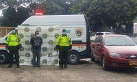 Capturan a hombre que transitaba en carro robado por Zona Bananera.