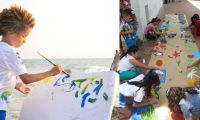 Los niños pintan su mar