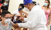 Vacunación de menores.