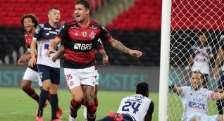 Flamengo clasificó a la siguiente ronda como líder del grupo.