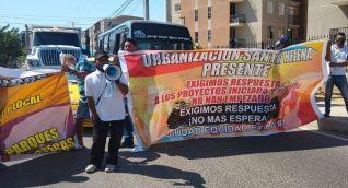 La comunidad se tomó las calles para protestar.