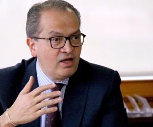 Fernando Carrillo, procurador General.
