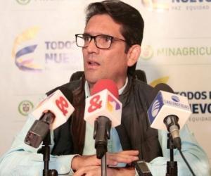 Juan Guillermo Zuluaga, Ministro de Agricultura.