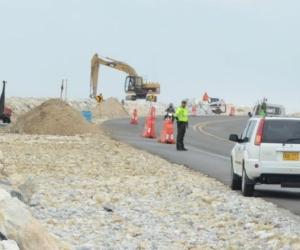 El kilómetro 19 es uno de los puntos críticos de la erosión costera en el departamento del Magdalena.