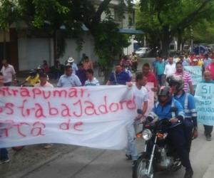 Los conductores en huelga han realizado marchas pacíficas por diferentes sectores de Santa Marta.