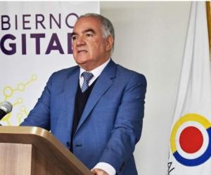 Edgardo Maya Villazón.