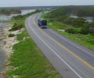 Estado actual de la vía Ciénaga-Barranquilla.