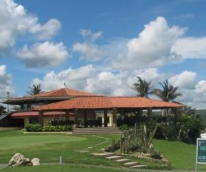 Canchas de golf del Country Club, en Sabanilla.