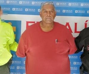 Unidades del CTI de la Fiscalía capturaron al alcalde municipal de Agustín Codazzi (Cesar), Luis Vladimir Peñaloza Fuentes, por incurrir en supuestos actos de corrupción.