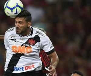 El central samario fue protagonista de una desafortunada jugada en el empate de su equipo.