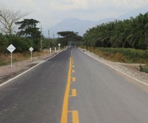 Tramo de la vía Loma del Bálsamo- Algarrobo.