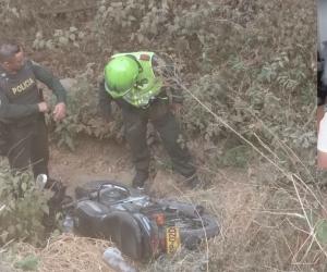 La motocicleta de Jorge Eliécer Arrieta Ramos fue encontrada en una zona enmontada en la vía hacia Bahía Concha.