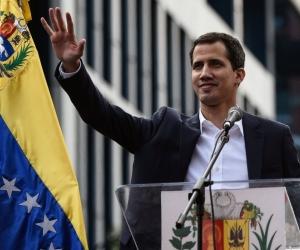 El Presidente interino regresó a Venezuela